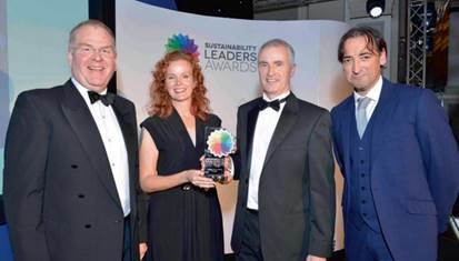 L to R: Ecodesk CEO Mark Plant, Anya Ledwith director ESHCon, Dr Nick Murry CSO Ecodesk and compere Alistair McGowan